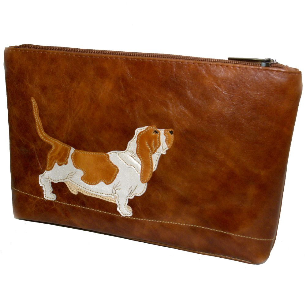 "Cosmetic bag ""Basset hound"""